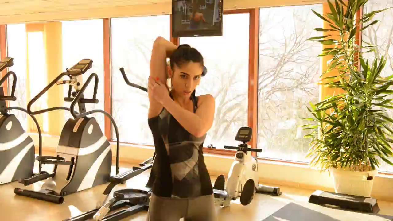 5. Разгъване с дъмбел зад врат / Dumbbell triceps extension / 3x15